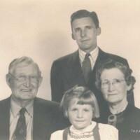 PF 4,5 - 1880-1900 Greenleaf Family_024.jpg